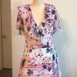 Bebe Ling Ruffle maxi dress sz-4